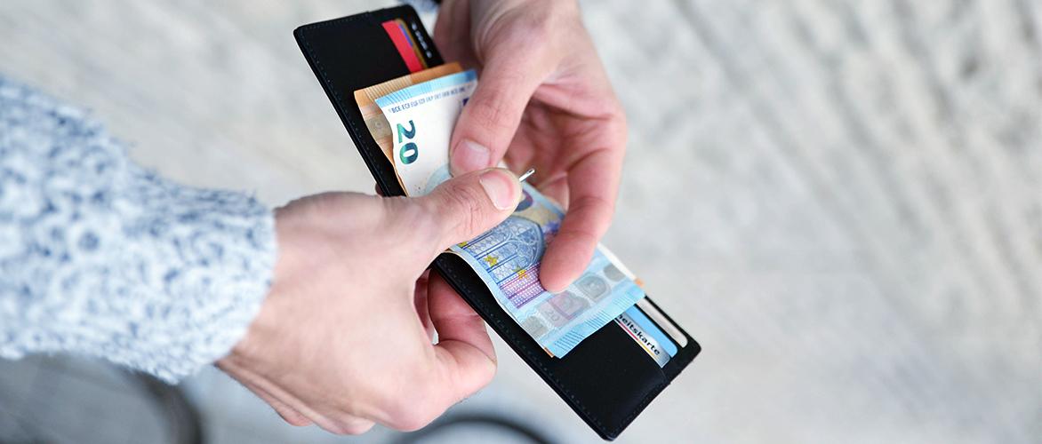 Bullazo-Geldboerse-Herren-Geldklammer-Portmonnaie-ohne-Muenzfach-flach