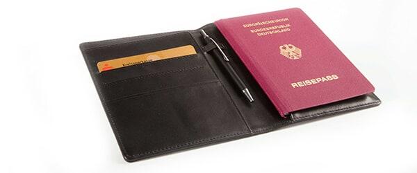 cognac-braun-Visitenkartenetui-Visitenkarten-Leder-Geldboerse-RFID-Blocker-echtleder-rueckseite